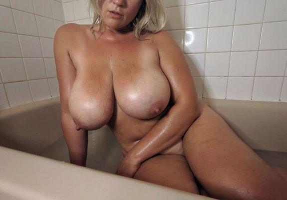 Снять телку (Ирина, 42 лет)