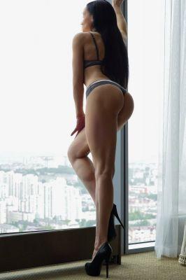 Снять проститутку в г. Волгограде от 3000 руб. в час (Кристина, тел. 8 937 555-16-53)